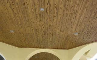 Как сделать деревянный реечный потолок — особенности монтажа, преимущества вагонки, фотографии и видео