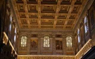 Кессонный потолок — эффектное решение для стильного и запоминающегося интерьера