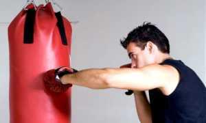 Как повесить грушу в квартире на потолок: способы крепления боксерского мешка
