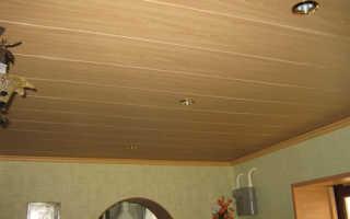 Деревянный потолок в квартире из рейки и вагонки своими руками