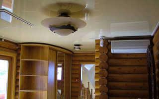 Натяжные потолки в деревянном доме: установка в доме из бруса, деревянный потолок в брусовом доме