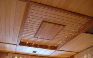 Отделка потолка вагонкой: как обшить своими руками с использованием досок из натурального дерева