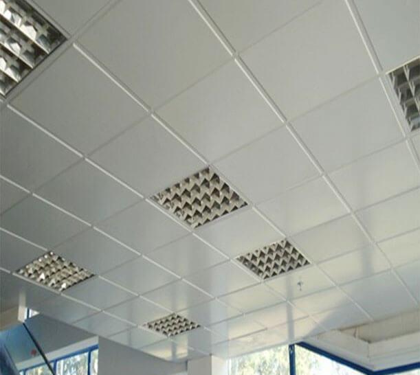 какие бывают навесные потолки