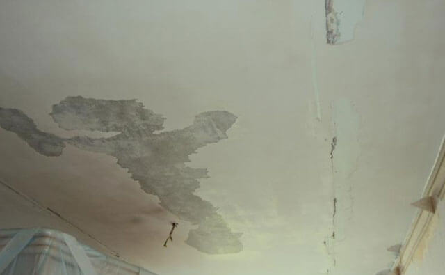 как отмыть побелку с потолка