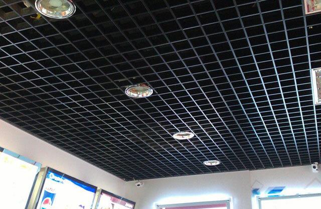 потолок решетчатый