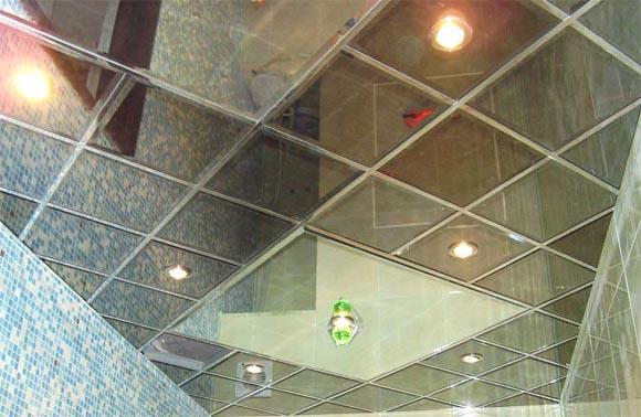 зеркальный потолок преимущества
