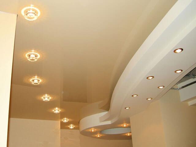 натяжной или подвесной потолок что лучше