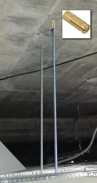 Шпильки фиксируются в потолке с помощью цанговых анкеров