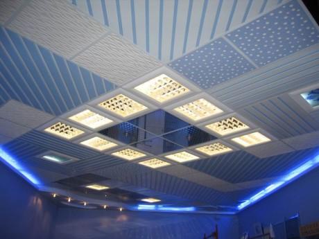 Современный потолок
