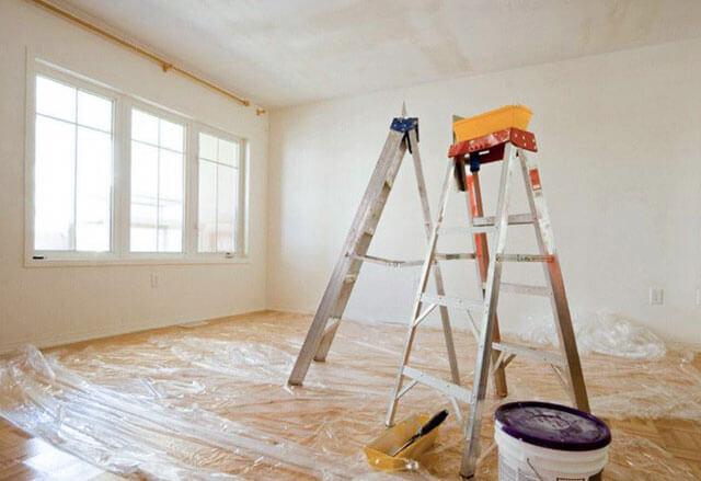 как побелить потолок валиком