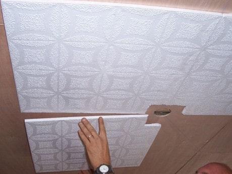 потолочные пластиковые плитки