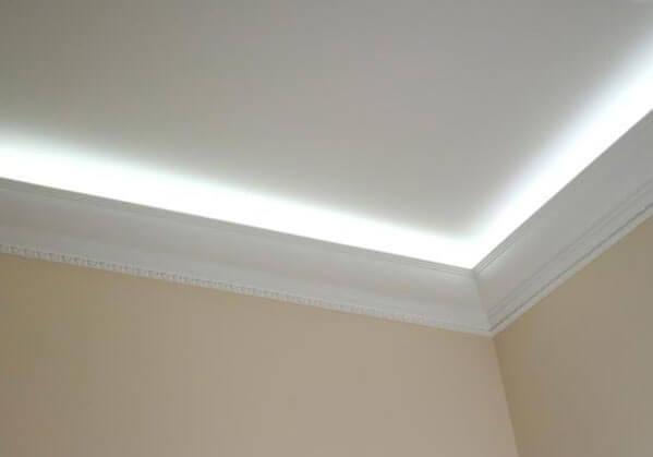 натяжной потолок с подсветкой внутри