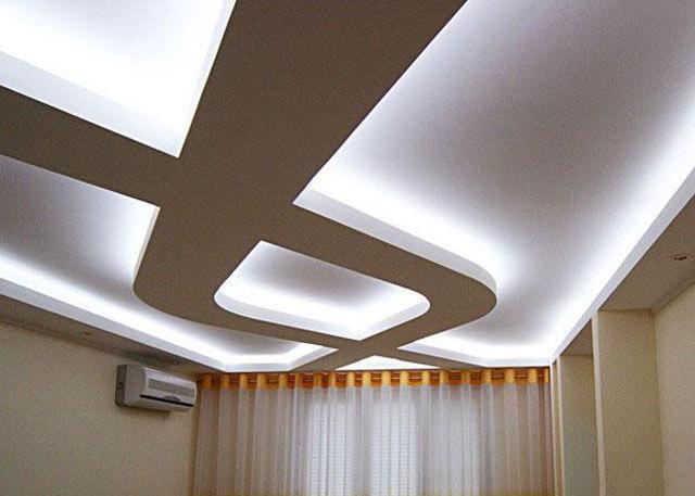потолок из гипсокартона и натяжной с подсветкой
