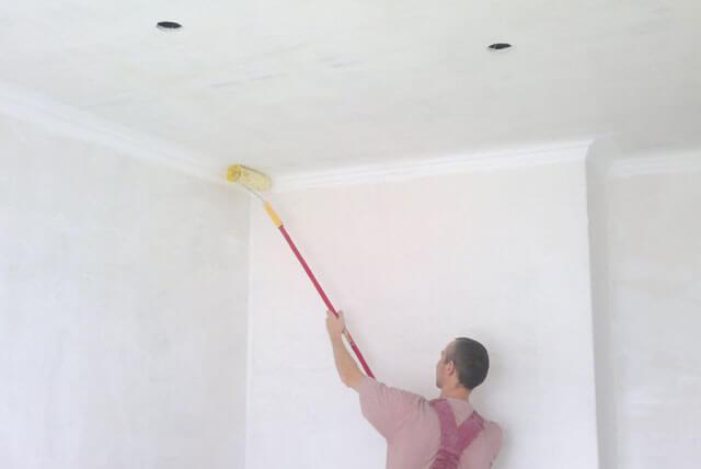 выровнять потолок своими руками