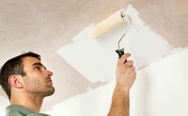 как побелить потолок без разводов