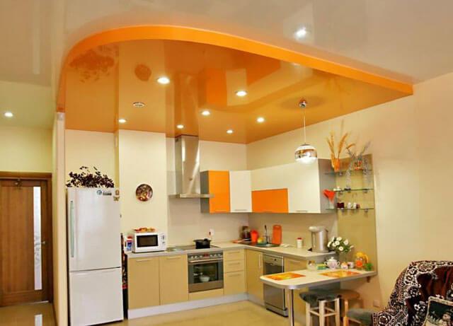 можно ли сделать натяжной потолок на кухне