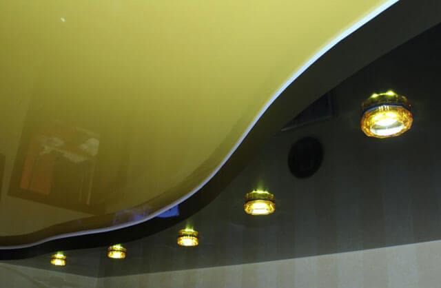 как заменить лампочку в подвесном потолке