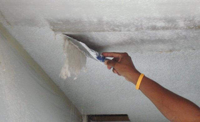 как смыть побелку с потолка быстро