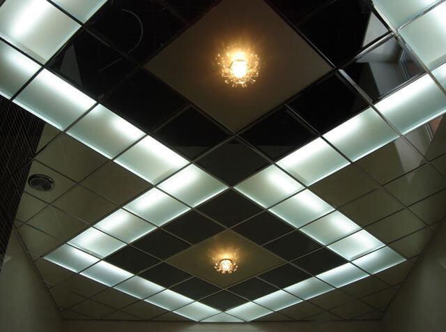 подвесной потолок алюминиевый кассетный