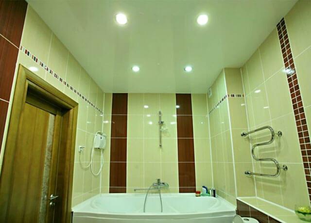 светильники для натяжных потолков в ванную комнату