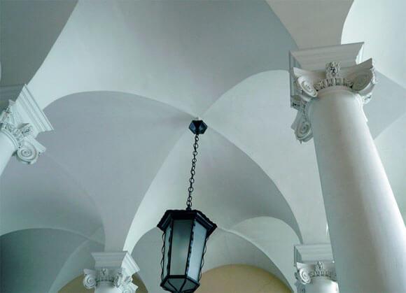 сводчатый потолок пример