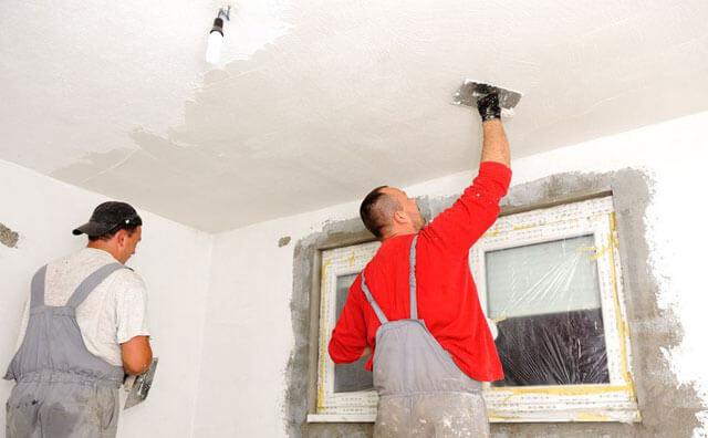 покраска потолка после шпаклевки