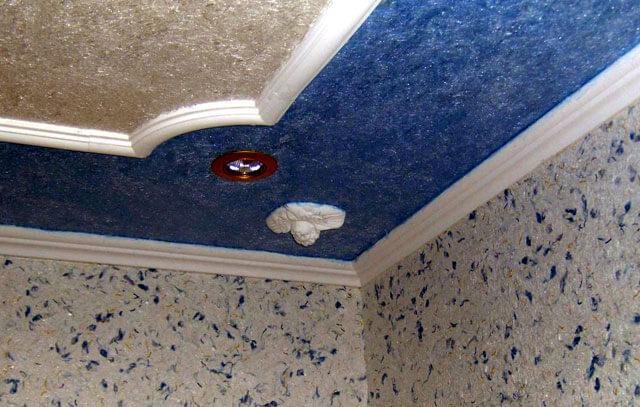 жидкие обои на потолок кухни