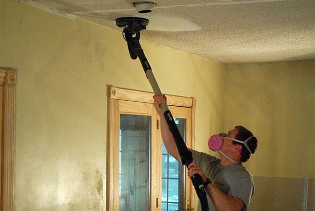 как быстро смыть мел с потолка