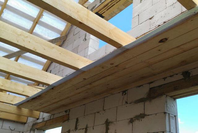 как правильно подшить потолок доской