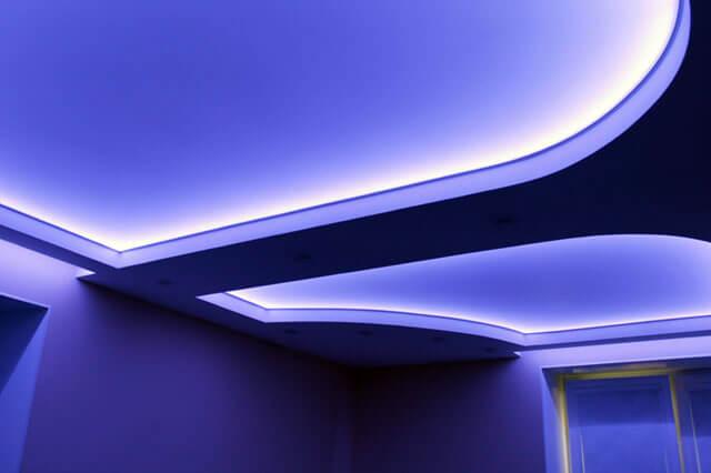 как спрятать светодиодную ленту на потолке