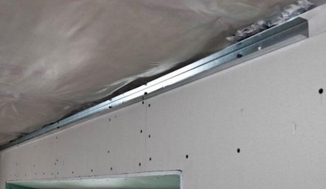шаг подвесов для потолка из гипсокартона