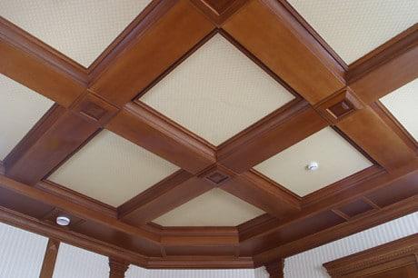 Кессонный потолок из МДФ-плит