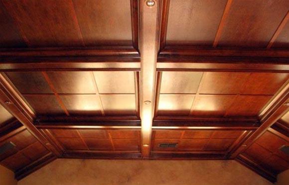 как обшить потолок фанерой