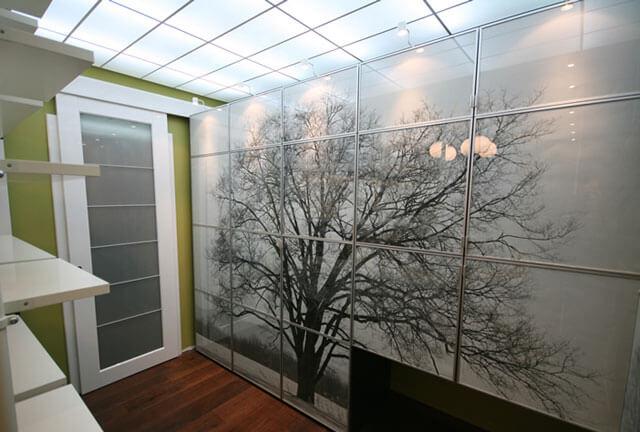 подвесной потолок из плиток