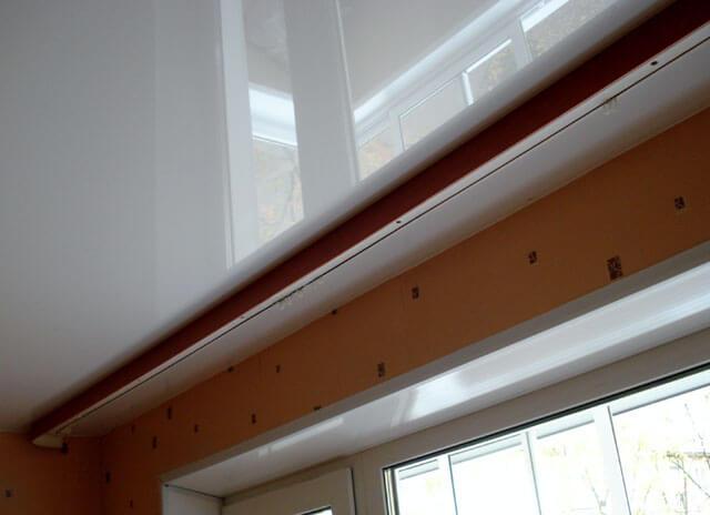как сделать потолочный карниз на натяжном потолке