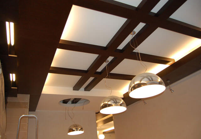 балки на потолке своими руками