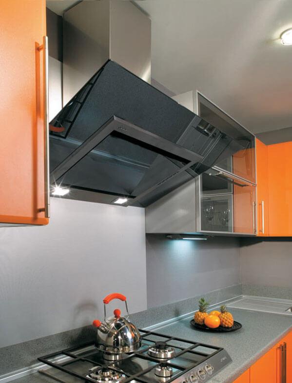 вытяжка на кухню в потолок