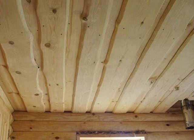 чем лучше подшить потолок в частном доме