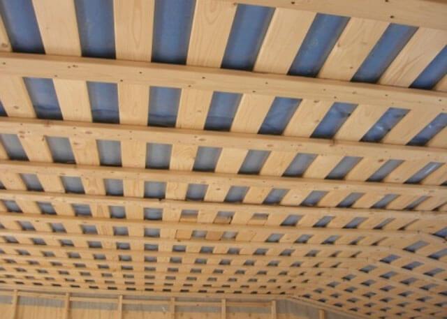 монтаж ОСБ на потолок