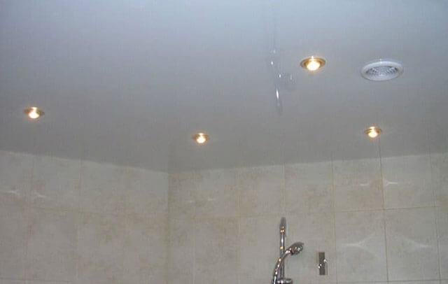 вытяжка под натяжной потолок