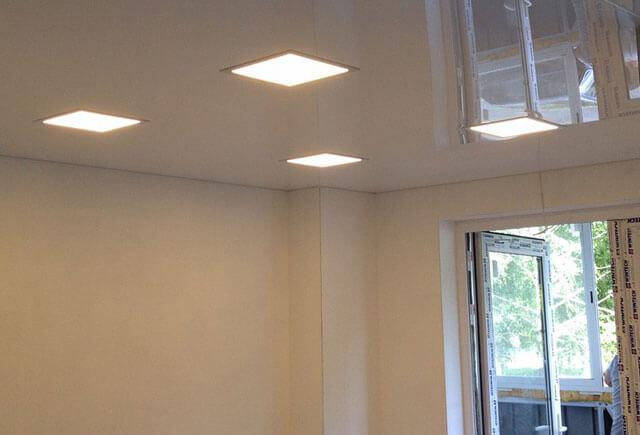 квадратные люстры для натяжных потолков