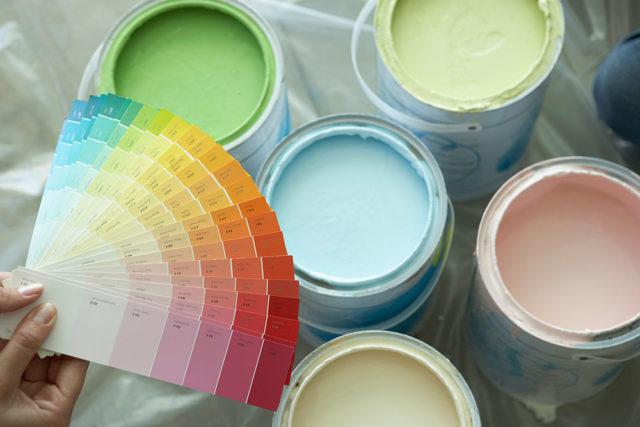 Колеровка потолочной краски