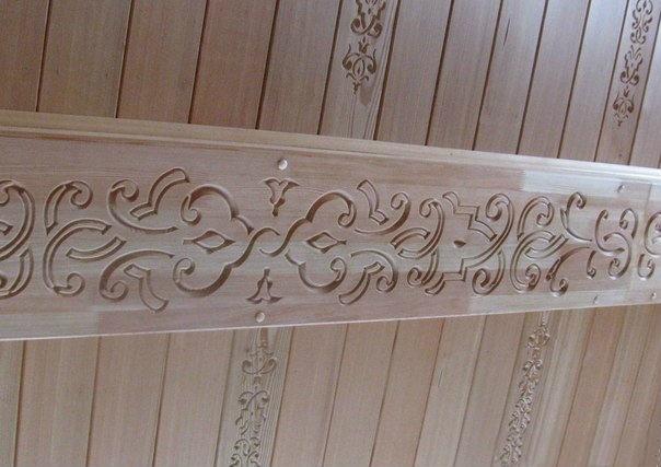 Резьба на деревянной балке