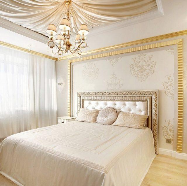Шелковая драпировка в интерьере спальни