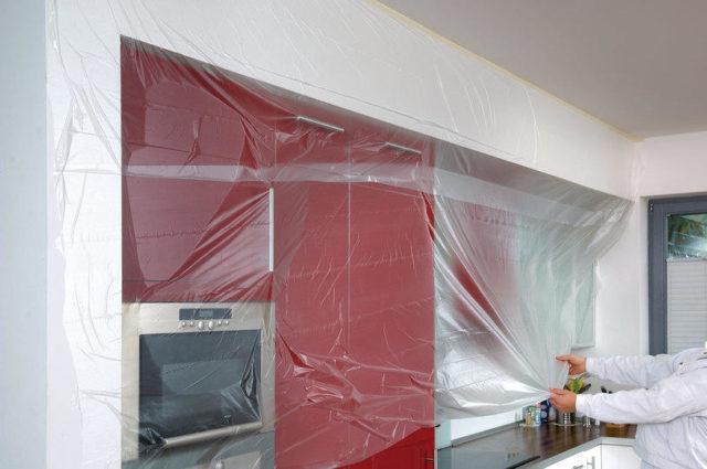 Защита мебели и стен полиэтиленом