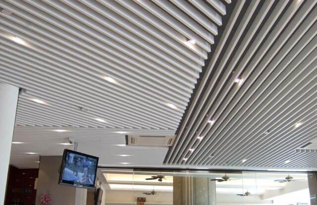 навесные потолки материал