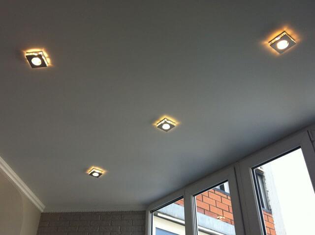 из чего состоит подвесной потолок