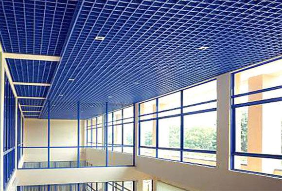 потолки подвесные решетчатые