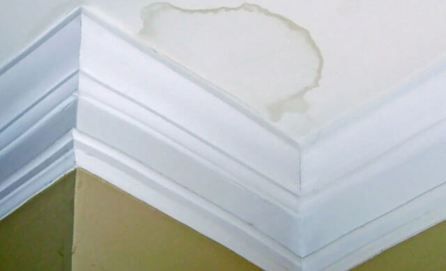 как убрать мел с потолка