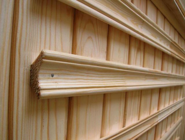 потолочный плинтус из дерева